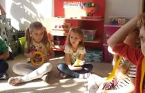 Dzień żółtego koloru wŻółwikach