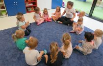 Żegnamy wakacje -Witamy Przedszkole! / We say goodbye to holidays and welcome to kindergarten!