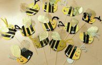 Zajęcia techniczne w grupie Jeżyków – pszczółki z papieru