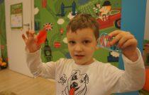 Motylki – Eksperymenty z piórkiem /Butterflies – Experiments with a feather/
