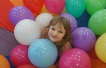 Żabki – Impreza urodzinowa Tosi / Frogs – Tosia's Birthday Party