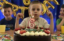 Żabki – Urodziny Grzesia 🎂🥳 / Frogs – Grzesio's Birthday Party 🎉
