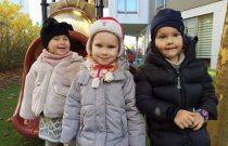Biedronki – Zabawa na placu zabaw / Ladybirds – Playground